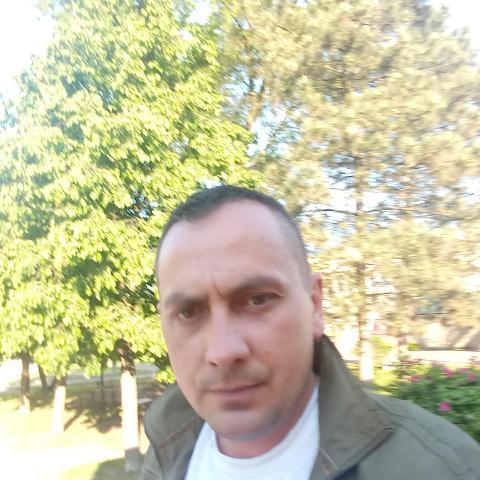 Gabi, 37 éves társkereső férfi - Kazincbarcika