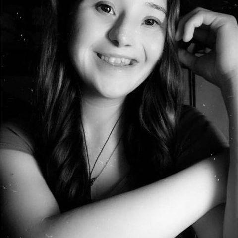 vivi, 20 éves társkereső nő - Nyíregyháza