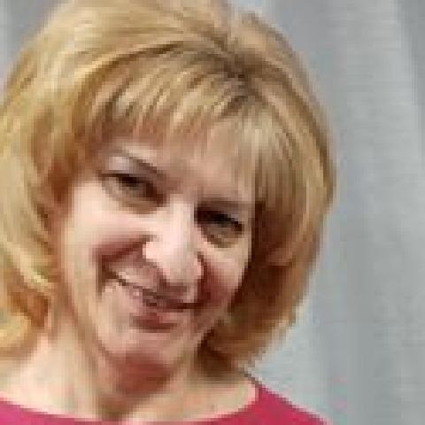 Eszti, 58 éves társkereső nő - Győr