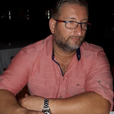 Sándor, 46 éves társkereső férfi - Bárna