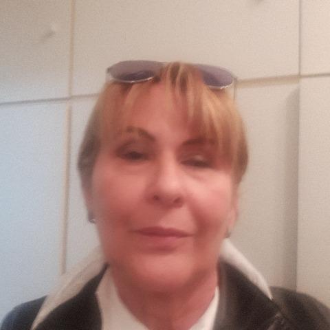Erna, 63 éves társkereső nő - Pécs