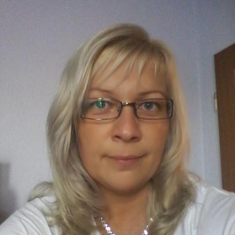 Heni, 38 éves társkereső nő - Balassagyarmat