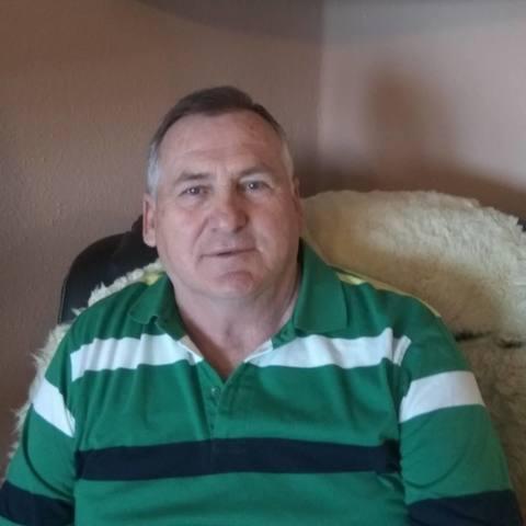 Miklós, 70 éves társkereső férfi - Győr