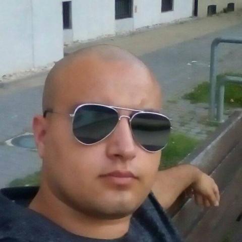 Sándor, 20 éves társkereső férfi - Miskolc