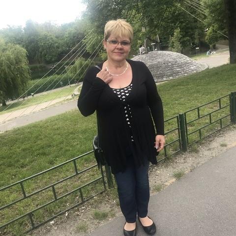 Ibolya, 52 éves társkereső nő - Budapest