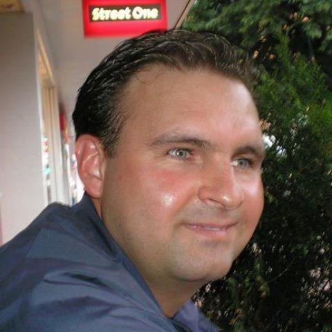 Tamás, 42 éves társkereső férfi - Ózd