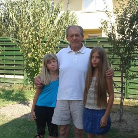 Károly, 76 éves társkereső férfi - Szigetszentmiklós