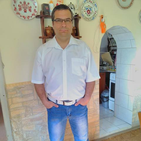 Attila, 45 éves társkereső férfi - Ózd