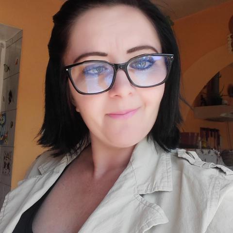 Mónika, 34 éves társkereső nő - Felsőnyék