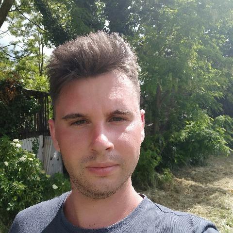 László, 24 éves társkereső férfi - Békéscsaba