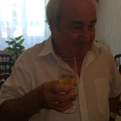 Bertalan, 71 éves társkereső férfi - Nagycsécs