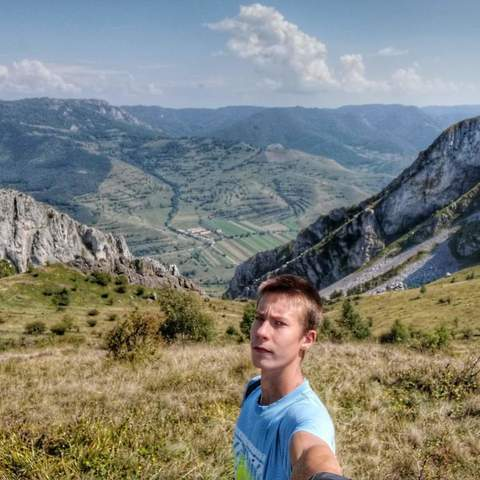 Gergő, 18 éves társkereső férfi - Székkutas
