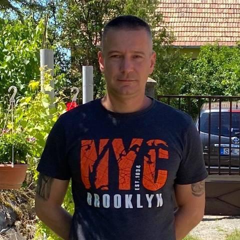 Attila Lajos, 41 éves társkereső férfi - Adony