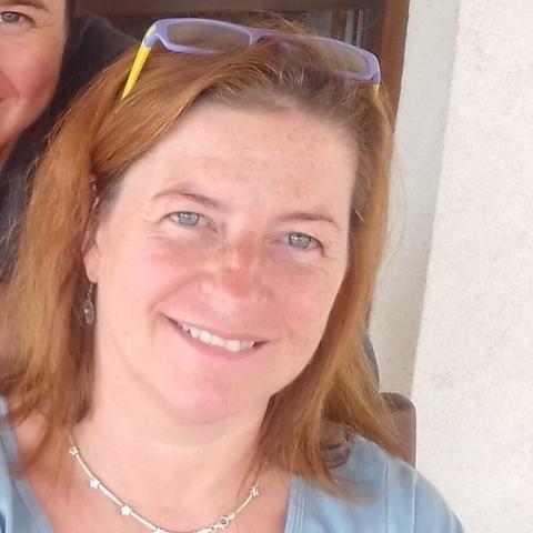 Kriszta, 50 éves társkereső nő - Dunaújváros