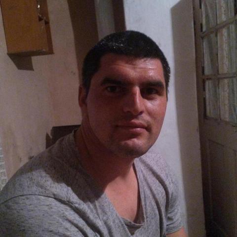 József, 29 éves társkereső férfi - Siklós