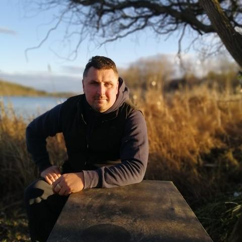 Krisztián, 39 éves társkereső férfi - Gomba