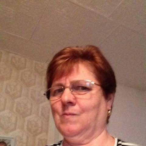 Kata, 67 éves társkereső nő - Lőrinci