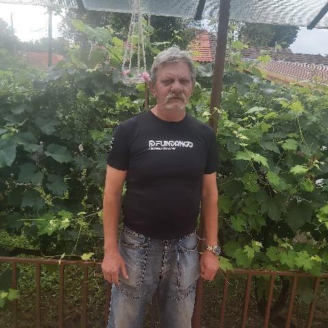 János, 64 éves társkereső férfi - Pilisvörösvár