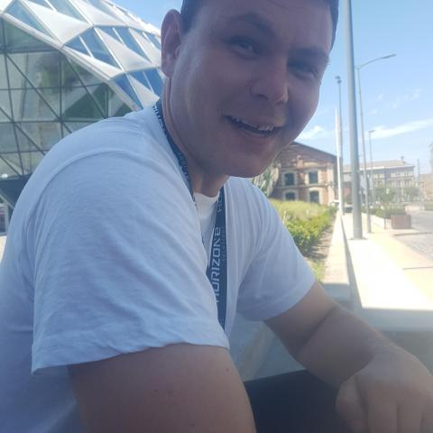 Erik, 34 éves társkereső férfi - Diósjenő