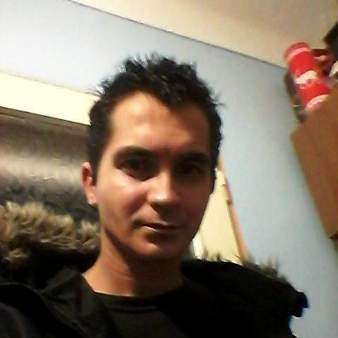 Tony, 27 éves társkereső férfi - Miskolc
