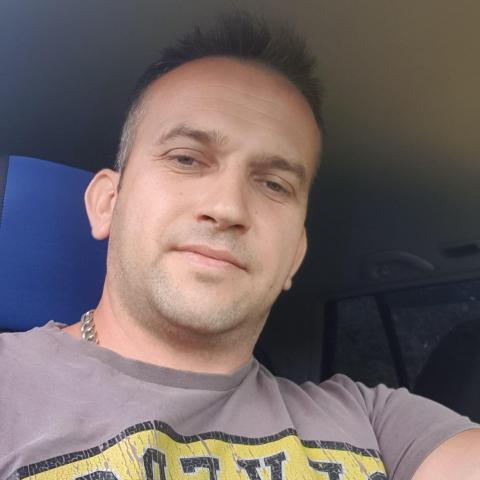 Bertalan, 37 éves társkereső férfi - Méra