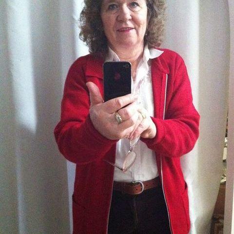 Rozália, 68 éves társkereső nő -