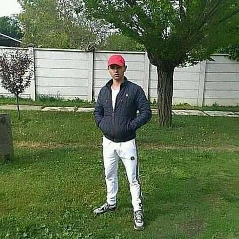 Zoltán, 20 éves társkereső férfi - Szeged