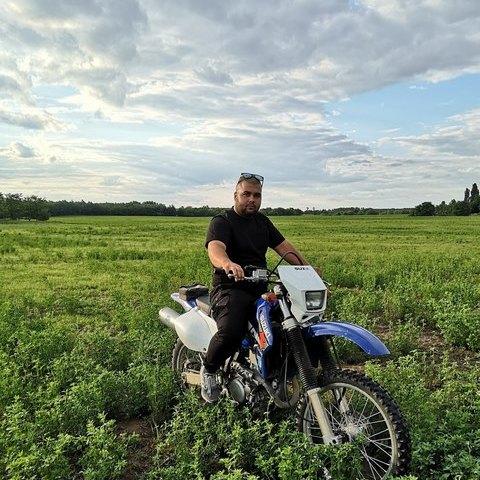 Viktor, 29 éves társkereső férfi - Jászberény