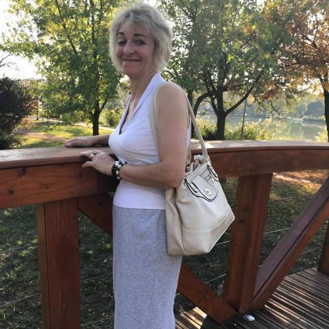 Gabriella, 48 éves társkereső nő - Napkor
