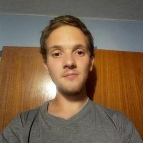 Tibi, 25 éves társkereső férfi - Szeged