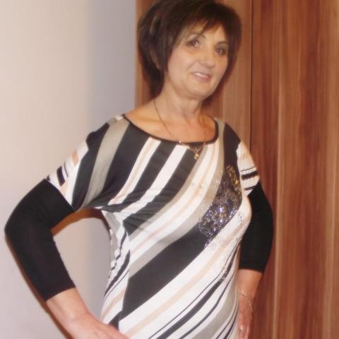 Eliz, 62 éves társkereső nő - Timár