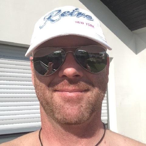 Meet men in Żebbug-Malta   Dating site   Topface