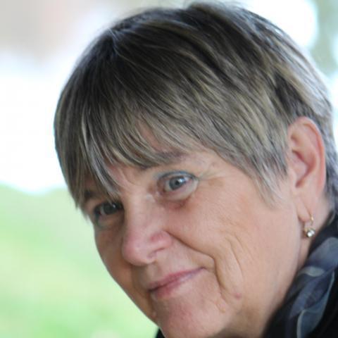 Anna, 68 éves társkereső nő - Arló