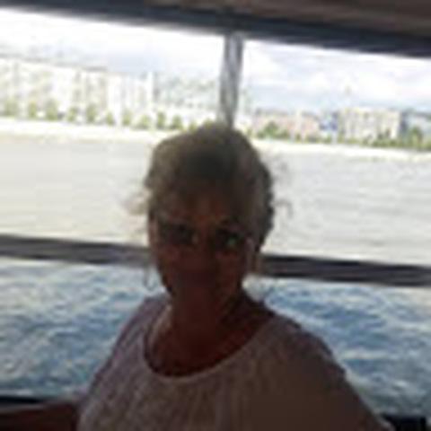 Irenke, 71 éves társkereső nő - Nyíregyháza