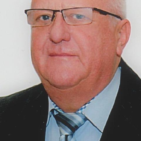 Imre, 67 éves társkereső férfi - Miskolc