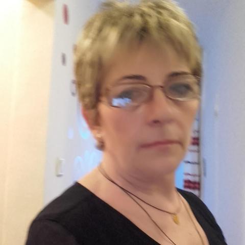 Marcsi, 62 éves társkereső nő - Miskolc