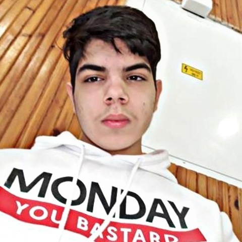Erik, 17 éves társkereső férfi - Izsófalva