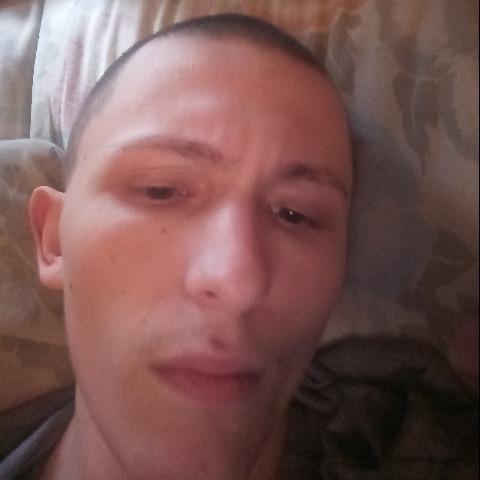 Ferenc, 20 éves társkereső férfi - Kunmadaras