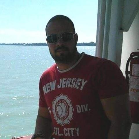Balázs, 31 éves társkereső férfi - Paks