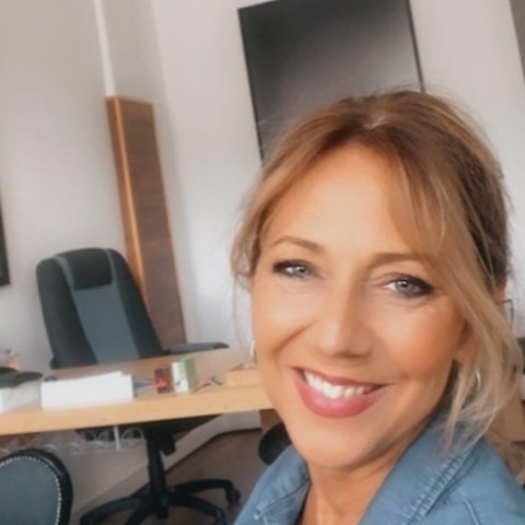 Andrea, 52 éves társkereső nő - Budapest