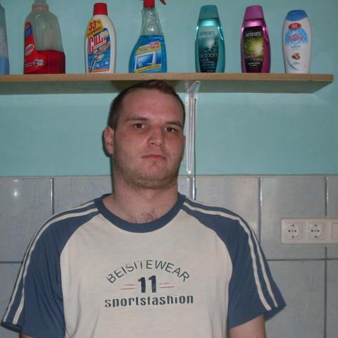 Viktor, 30 éves társkereső férfi - Pásztó