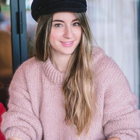 Sári, 26 éves társkereső nő - Budapest