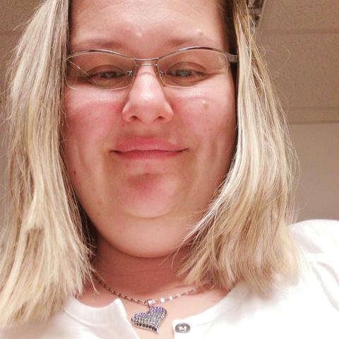 Lilla, 37 éves társkereső nő - Kazincbarcika