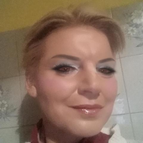 Magdaléna, 44 éves társkereső nő - Miháld