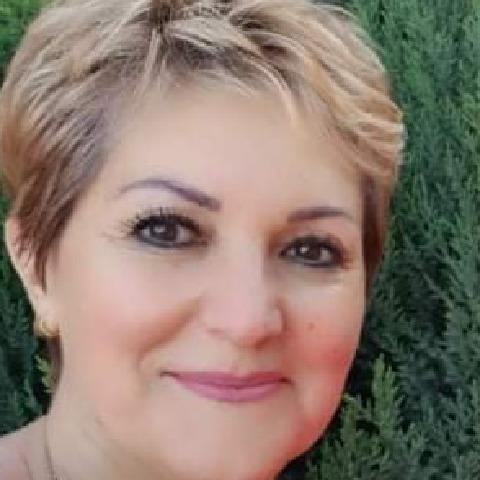 Angéla, 57 éves társkereső nő - Orosháza
