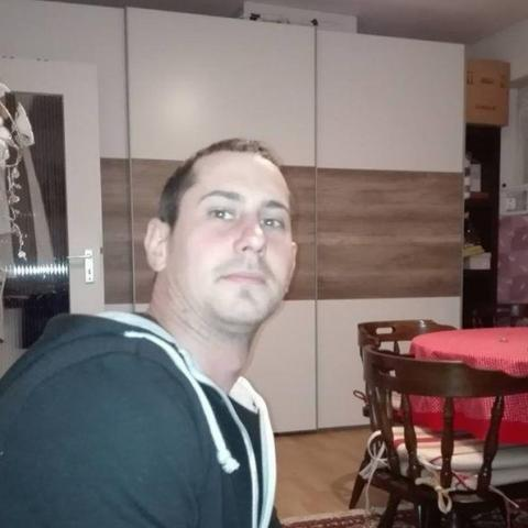Zsolti, 31 éves társkereső férfi - Bonyhád