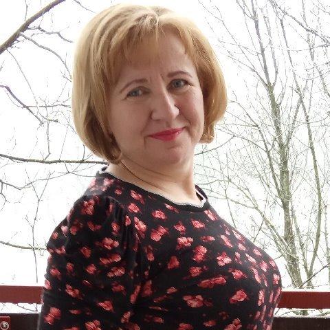 Éva, 57 éves társkereső nő - Debrecen