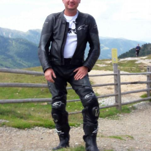 Zoli, 46 éves társkereső férfi - Dunaföldvár