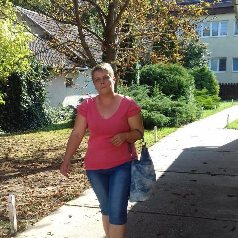 Adrienn, 35 éves társkereső nő - Debrecen