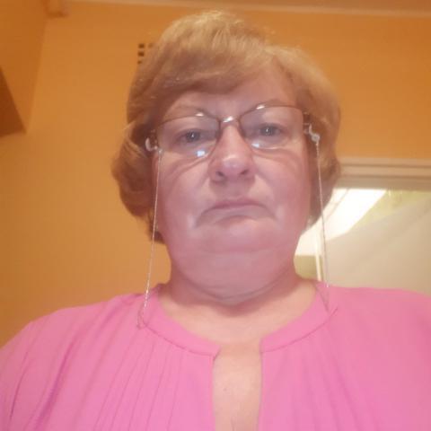 Hédi, 61 éves társkereső nő - Pécs